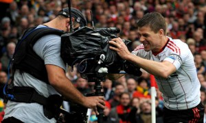 NBC Sports Group will televise all 380 games of the Barclays Premier League campaign. The live games themselves are produced by Premier League Productions.
