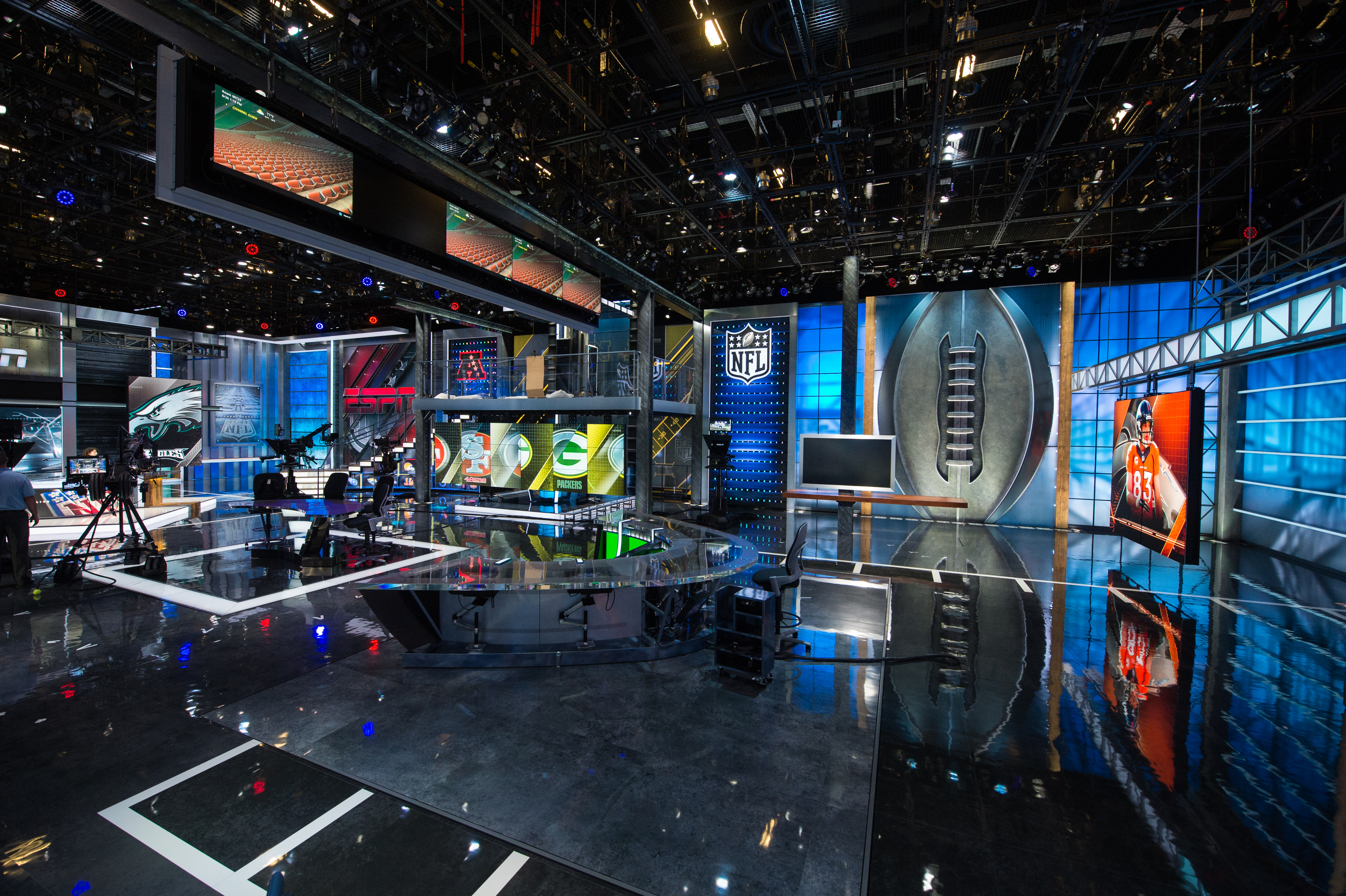 ESPN Pulls Back Curtain on Largest Studio to Date, Gears Up for NFL ...