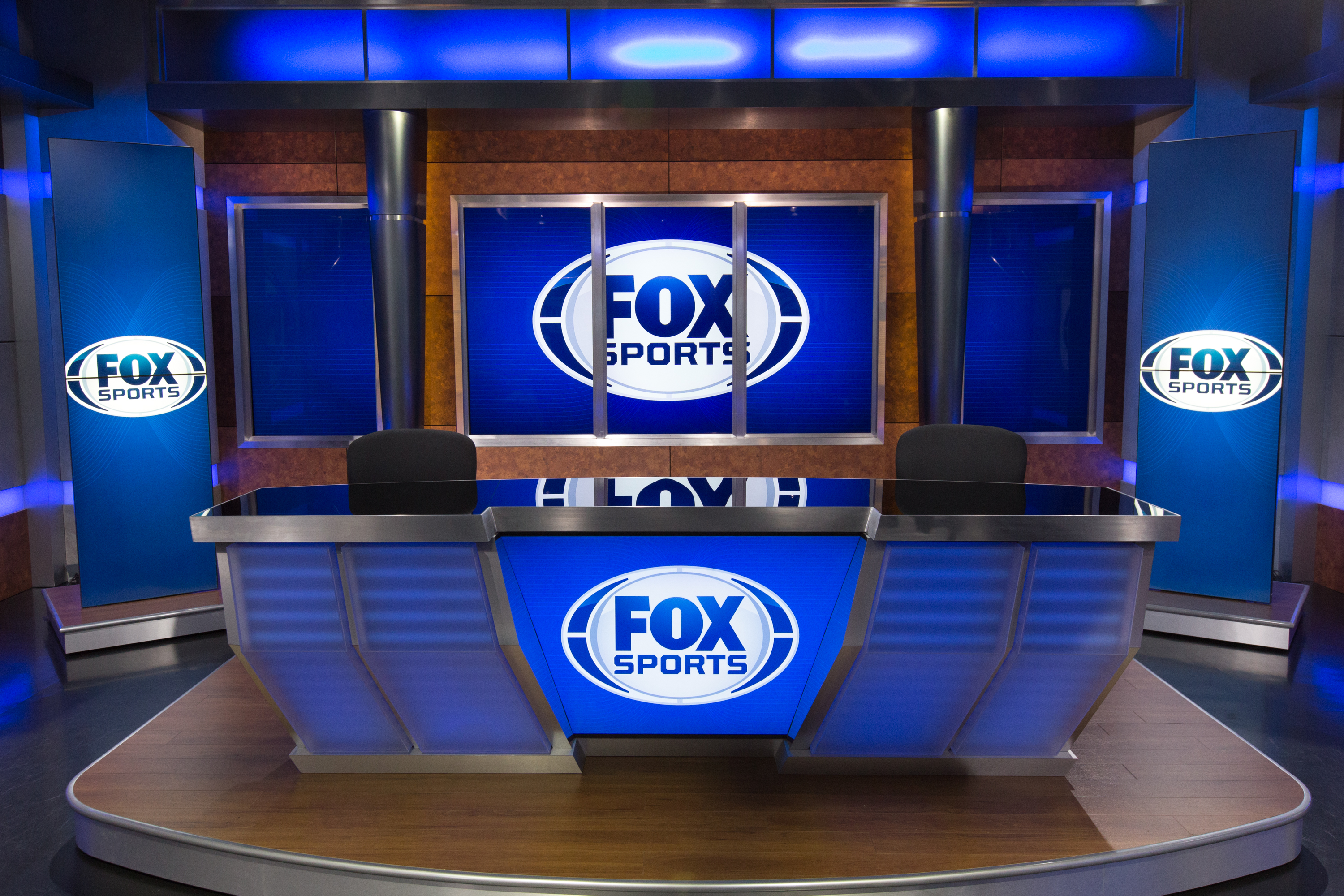 Fox Sports South's new anchor desk features interchangeable LED