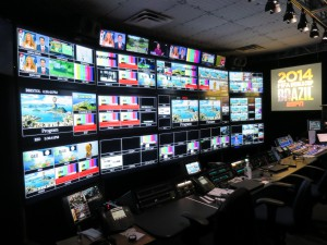 ESPN located its primary operations center, including control room and studio, at Copacabana Beach, rather than at the International Broadcast Center.