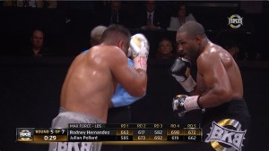 Real-time display of max force enables viewers to see trends in the bout.